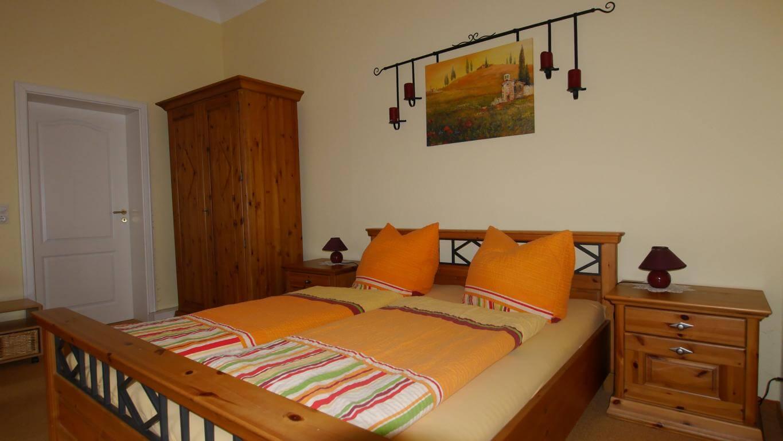 ferienwohnung 2 schlafzimmer bettw sche westwing beco lattenroste tapeten ideen f r. Black Bedroom Furniture Sets. Home Design Ideas